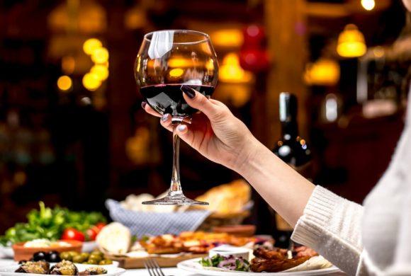 Lampka wina codziennie – czy jestem alkoholikiem?