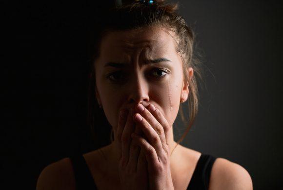 Depresja poporodowa – czym jest i jak się objawia