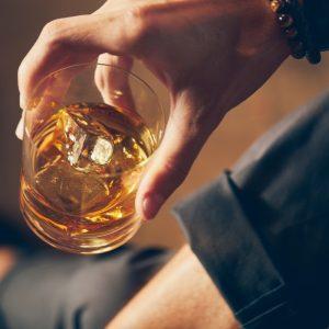 5 sygnałów, po których poznasz, że jesteś alkoholikiem