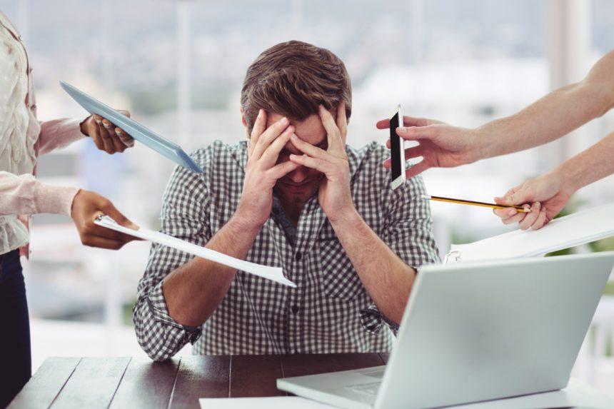 Nadmiar obowiązków w pracy – jak sobie z nim poradzić